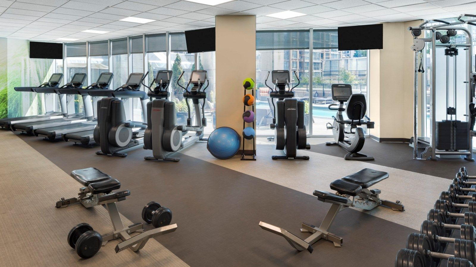 24-Hour Fitness Studio at The Westin Grand, Vancouver