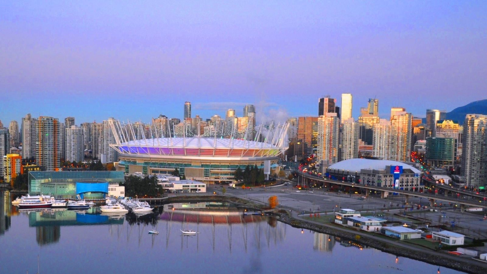 Hotels Near Rogers Arena - Vancouver Skyline with Rogers Arena